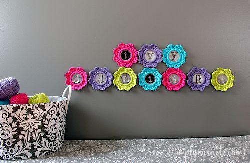 moldurinhas de croche coloridas
